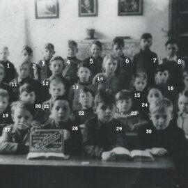 Franière – rue de l'Ecole – école primaire communale – classes de 1947/1948