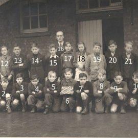 Franière – rue de l'Ecole – école primaire communale – classes de 1948/1949