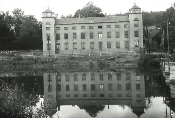 Floriffoux – rue Sous-la-Ville – château de Dorlodot