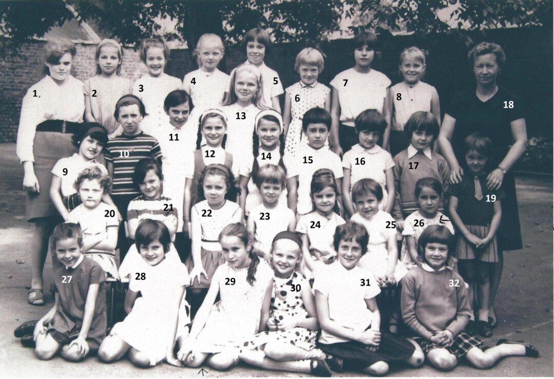 Floriffoux – école primaire communale des filles – classes de 1966
